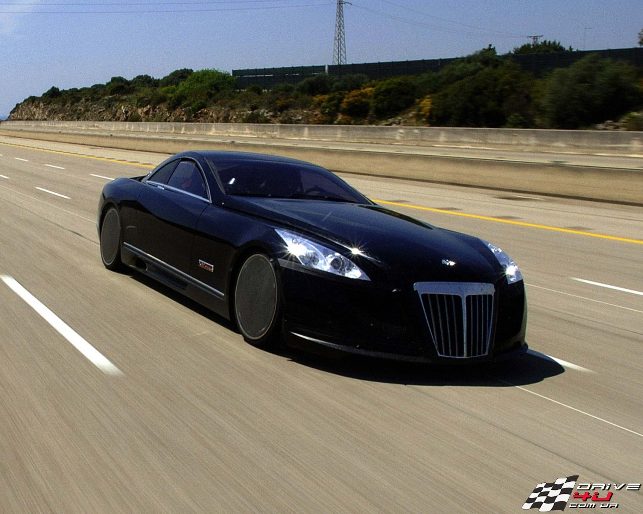 8 Solid Reasons That Makes Maybach Exelero One of the Most Expensive Cars in the World